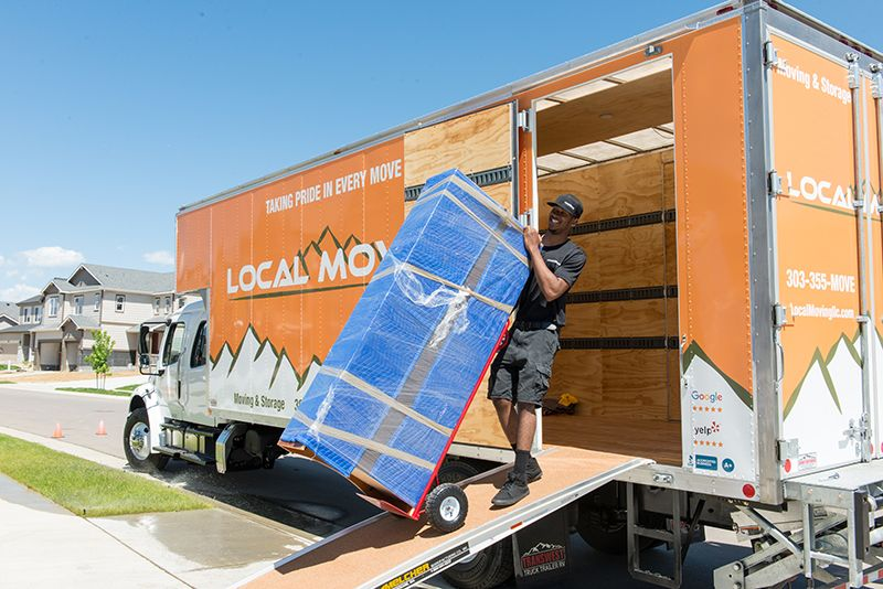 An image of our movers in Broomfield, CO.