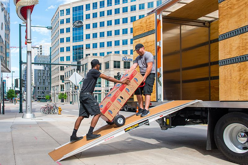 Movers in Lakewood CO